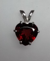 beautiful mozambique garnet heart pendant in sterling silver - $39.95