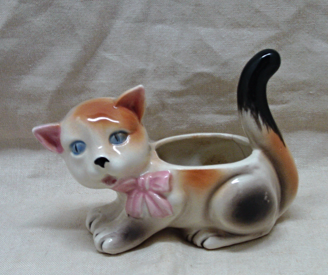 Vintage Ceramic Figural Calico Kitten Planter // Home Decor