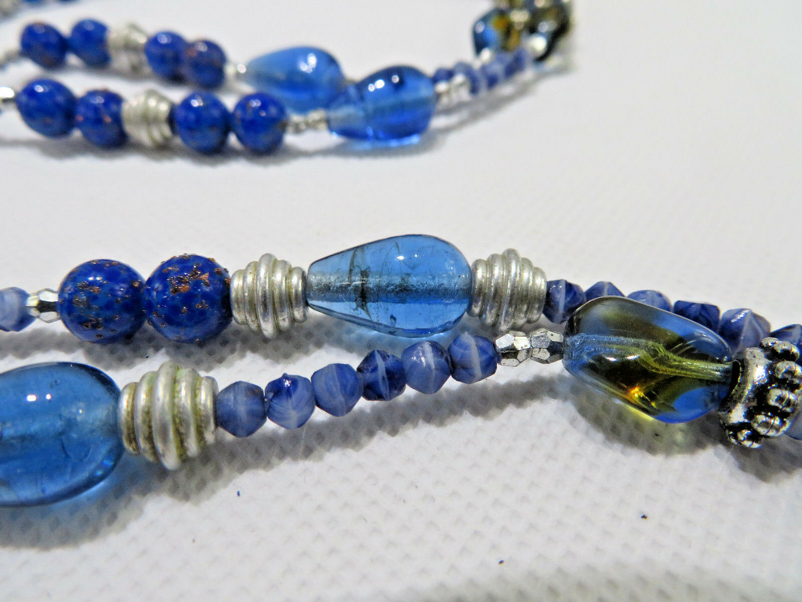"""Vintage Costume Jewelry Necklace Blue Glass & Lucite & Metal Beads Pendant 28"""""""