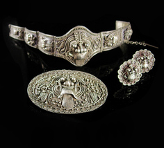 Antique demon queen Rangda Bracelet Brooch Earrings Silver etruscan Balinese dem - $1,500.00