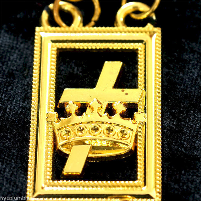 MASONIC REGALIA KNIGHTS TEMPLAR METAL CHAIN COLLAR ON BLACK VELVET - CP MADE