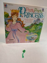 Pretty Pretty Princess Jewelry Board Game 1999 PARTS/REPLACEMENT green e... - $3.00