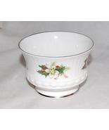 Elizabethan Staffordshire Christmas Small Serving Bowl - $13.00