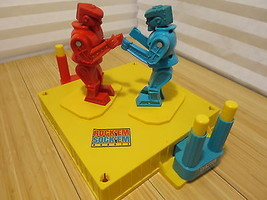 2001 Mattel Rock'Em Sock'Em Robots Ring Robot Boxing Tested & Working - $23.01