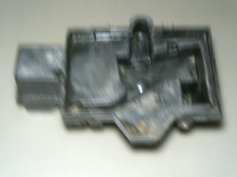 03 2003 Chrysler Town And Country Battery Tray ... - $19.99