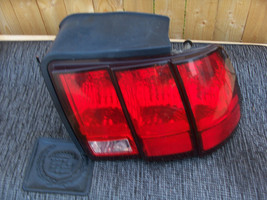 2004 2003 2002 01 2000 1999 Mustang Right Taillight Oem Used Original Ford Part - $88.36