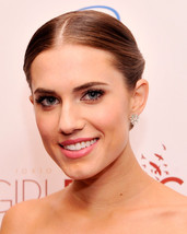 1 Pair Women's Elegant New Fashion Celebrity Allison Williams Stud Earrings - £43.54 GBP