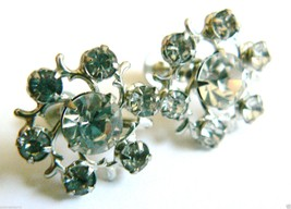 VINTAGE SILVER TONE CLEAR CRYSTAL RHINESTONE CLIP EARRINGS FLOWER SNOWFL... - $26.73
