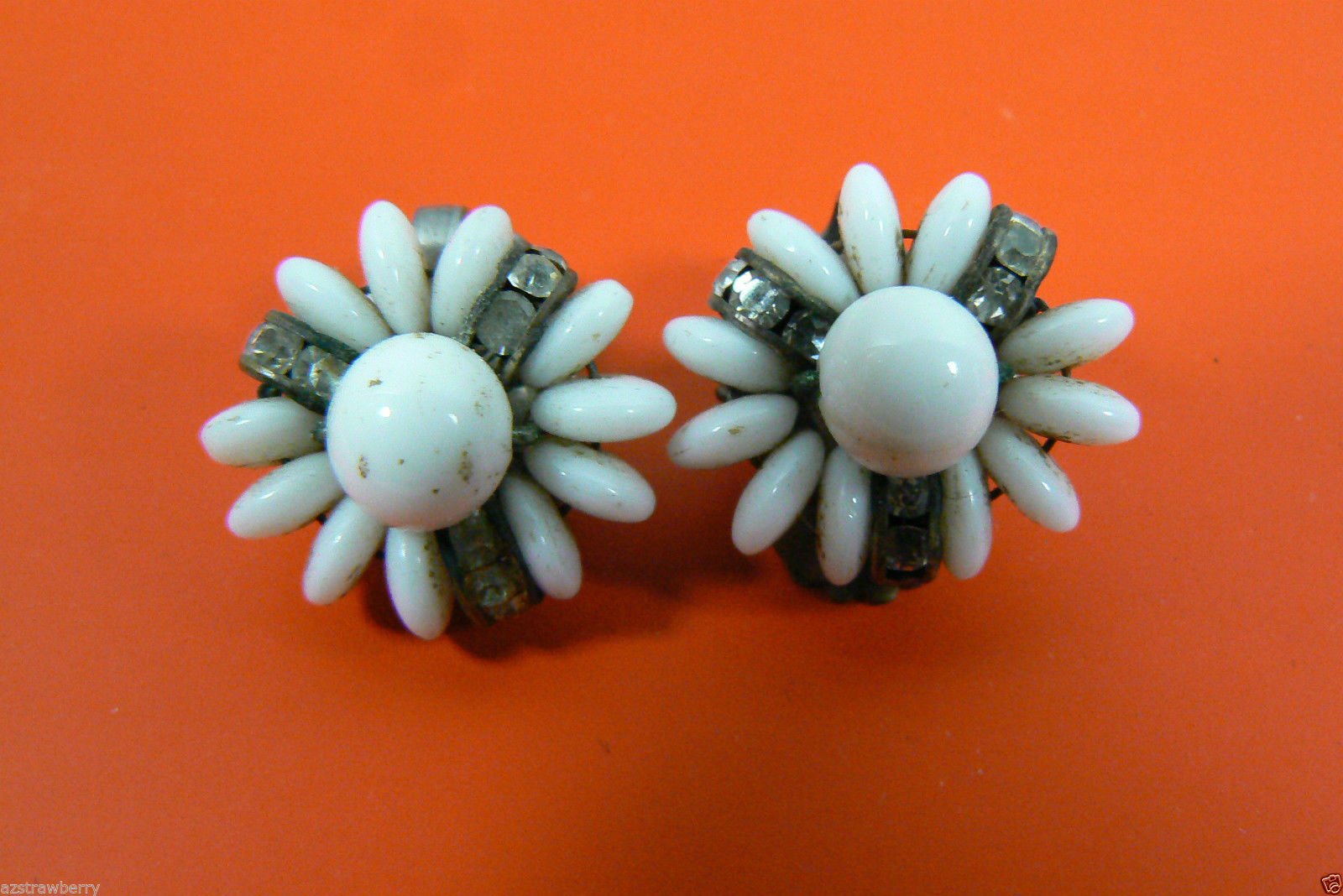 VINTAGE MILK GLASS AND CRYSTAL FLOWER CLIP ON EARRINGS