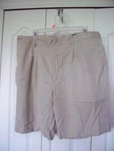 38 MEN'S GREG NORMAN SHARK Beige White  MICROFIBER PLEATED DRESS GOLF SH... - $18.99