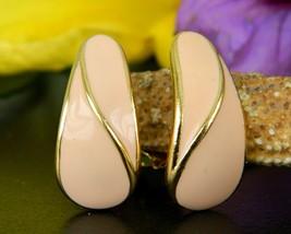 Vintage Trifari TM Earrings Salmon Pink Enamel Gold Tone Signed Clips - $15.95