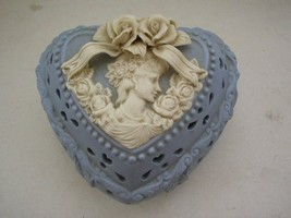 Vintage, Beautiful Cameo Jasperware Style, 2-pc Jewelry Box - $12.30