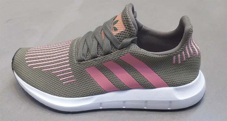 Adidas originali swift run w traccia e 50 oggetti simili