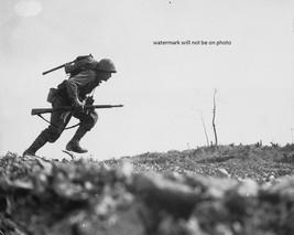 """Marine runs through Japanese machine gun fire on Okinawa 8""""x 10"""" WWII Ph... - $7.95"""