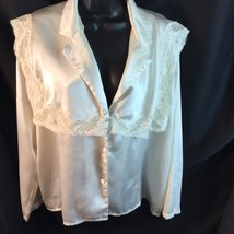 Cacique Ivory Satin Bed Jacket Pajama Shirt Lace Square Collar Covered B... - $19.31