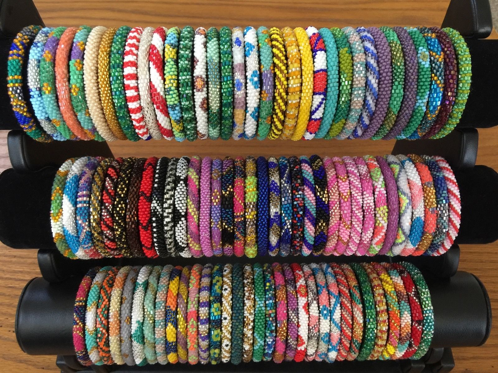New 100 Pc Wholesale Mix glass bracelet rolls on bead seed handmade Bangle Exact