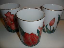 Fitz & Floyd Tulipe Rouge 3 Mugs Fine Porcelain Japan 450 Red Tulips 9 O... - $15.00