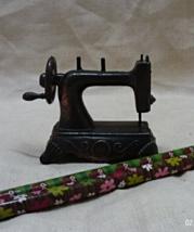 Vintage Look Die Cast Metal Sewing Machine Pencil Sharpener - $7.20