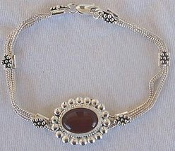 Red agate oriental bracelet - $38.00
