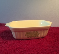 Vintage 80s light yellow Pfaltzgraff 16oz baking dish with green floral design image 5