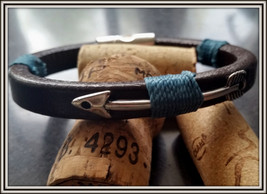 Arrow men leather bracelet, Arrow jewelry design for men, custom leather... - $35.00