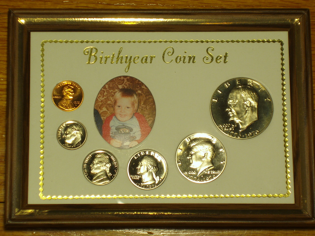 "5"" X 7"" ""Birth Year Coin Set"" - PICTURE FRAME - SOLID OAK"