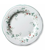 DINNER PLATES USA  Winterberry Pfaltzgraff Excellent - $24.74