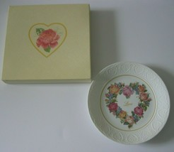 Avon Bouquet Of Love Plate Limited Edition Plate 1987 Original Box Mothers Day - $18.69