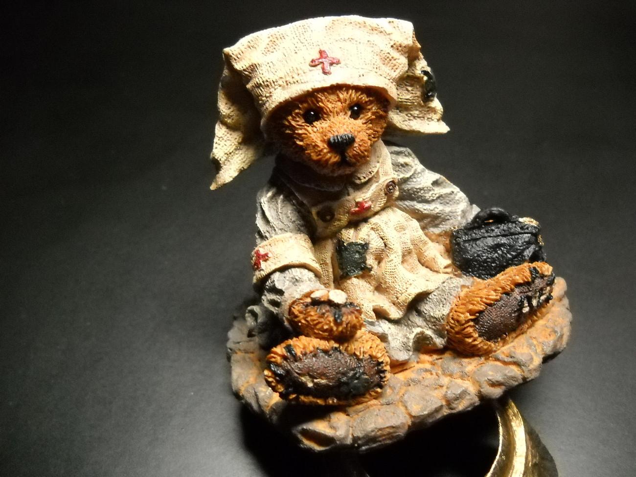 Collectible boyds bears clara nurse boxed  05
