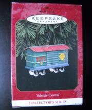 Hallmark Keepsake Christmas Ornament 1997 Yuletide Central Pressed Tin R... - $9.99