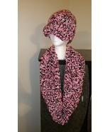 Triple Yarn Handmade Hat & Cowl Set (Pink, Blac... - $50.00