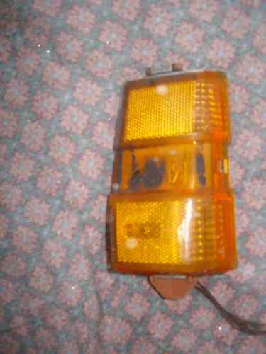 Primary image for 1979 PONTIAC PARISIENNE  MARKER LIGHT RIGHT OEM USED