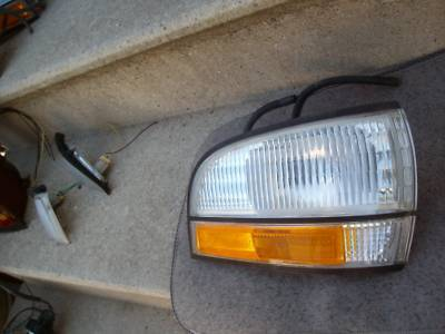 Primary image for 1995 BUICK PARK AVENUE LESABRE OEM RIGHT  MARKER LIGHT