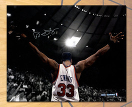 Patrick Ewing New York Knicks Autographed Reverse Spotlight 16x20 Photo - $483.36