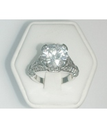 Solitaire Ring Ladies Fashion Ring Size 6 - $30.00
