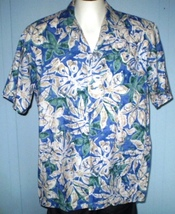 Hilo Hattie XL Hawaiian Shirt Floral Pattern With Pocket - $25.00