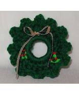 Vintage Hand Crochet Christmas Wreath Holiday Pin Brooch Handmade Green - $7.49