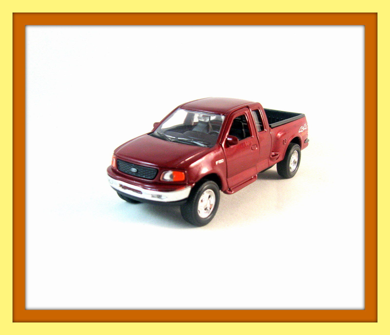 1999 FORD F-150 FLARESIDE SUPERCAB RED ,WELLY 1/32 DIECAST CAR COLLECTOR`S MODEL