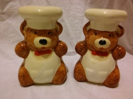 VINTAGE BEAR CHEFS SALT AND PEPPER SHAKERS - $7.89