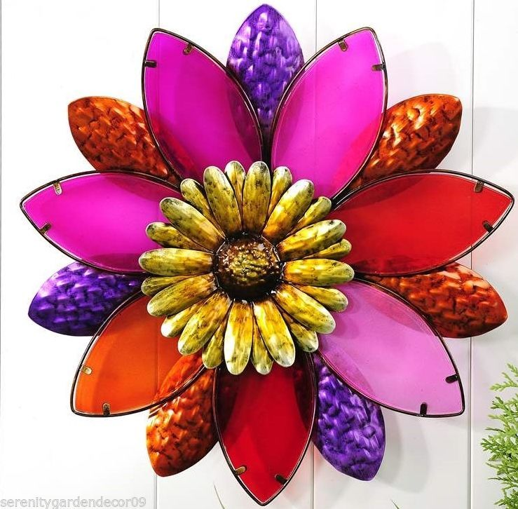 "19"" Diameter Painted Stained Glass and Iron Flower Desgin Wall Decor Piece"