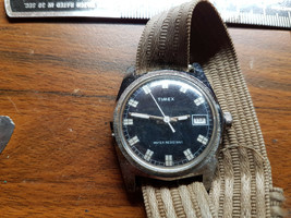 Vintage 1977 Timex White Hour Markers On Black Dial Date Watch Runs When Wound - $125.00
