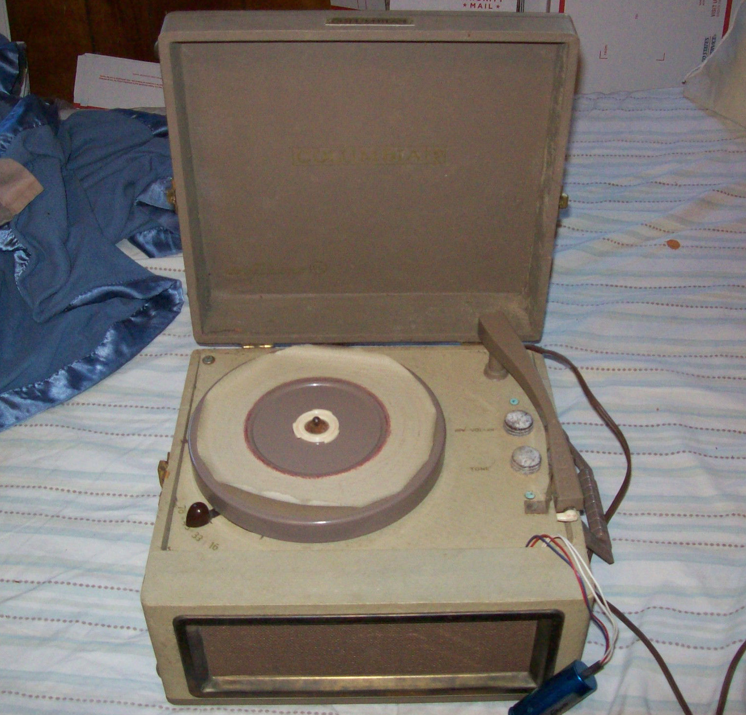 VINTAGE COLUMBIA PHONOGRAPH RECORD PLAYER COLUMBIA MODEL 512- No Power