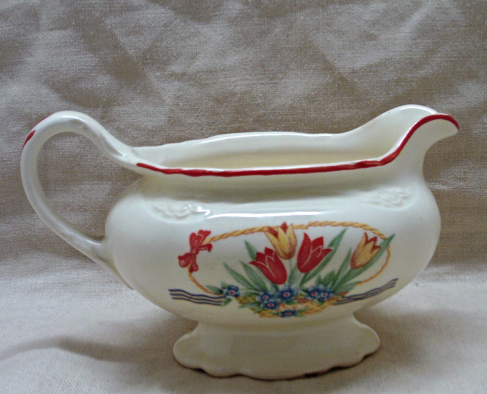 Vintage Homer Laughlin Virginia Rose Tulips in Basket Creamer Dish // Cup //Bowl image 6