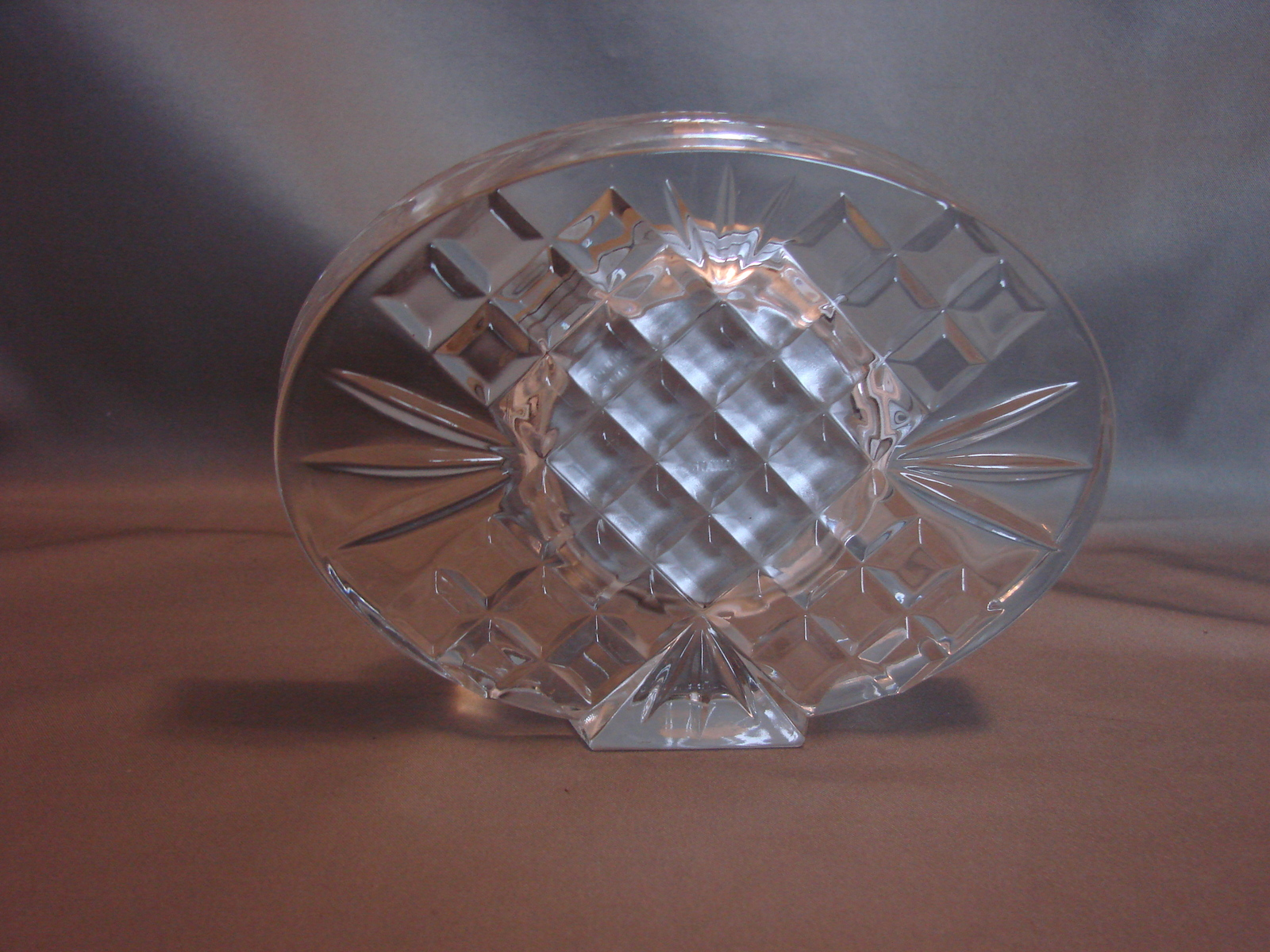 Beautiful Staiger, Germany  Oval Shaped Quartz Crystal Glass Clock