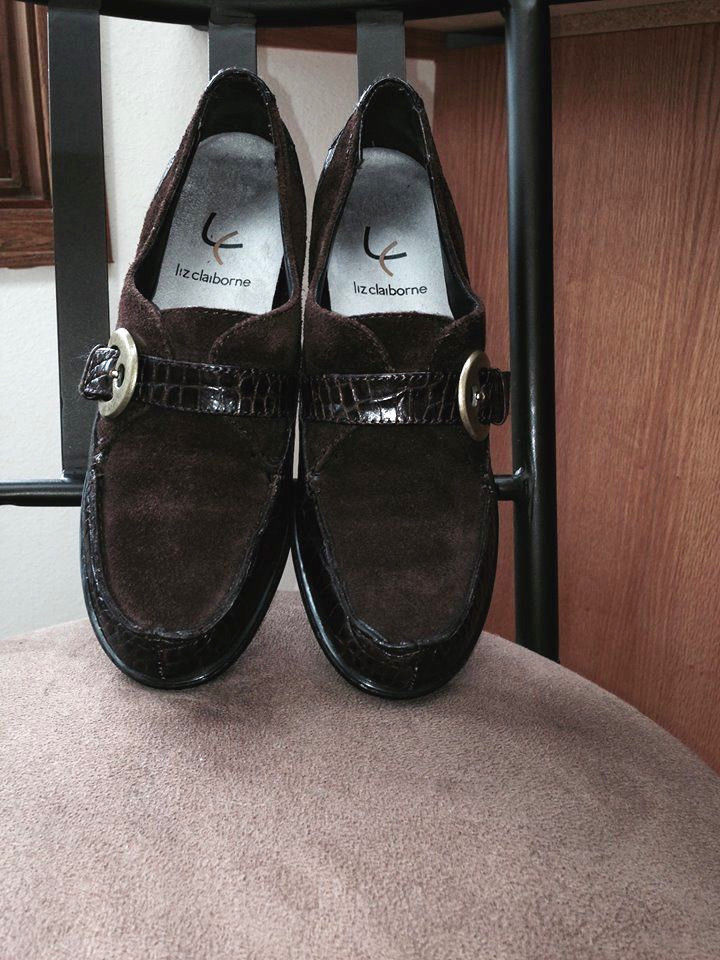 22bf036d36e045 Women Liz Claiborne Brown Suede and Mock and 50 similar items. S l1600
