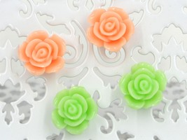 Set of 2 new coral green petal flower stud pierced earrings - $24.36 CAD