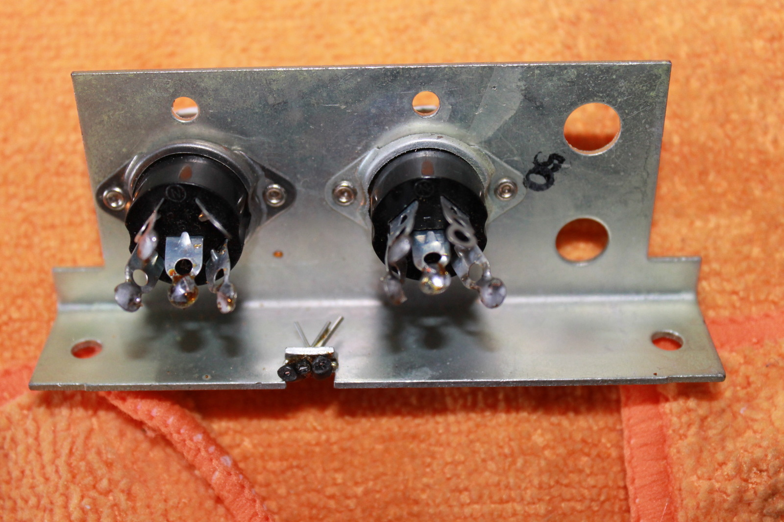 Zenith audio connector plate with two pin connectors