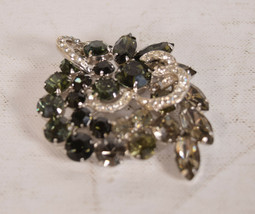 Vintage Weiss Signed Black & Clear Rhinestone Brooch Pin - $74.25