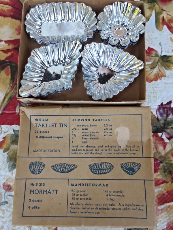 Mormatt Sweden Mini Tartlet Fluted Tin Molds Pastry Baking Pans - 21pcs