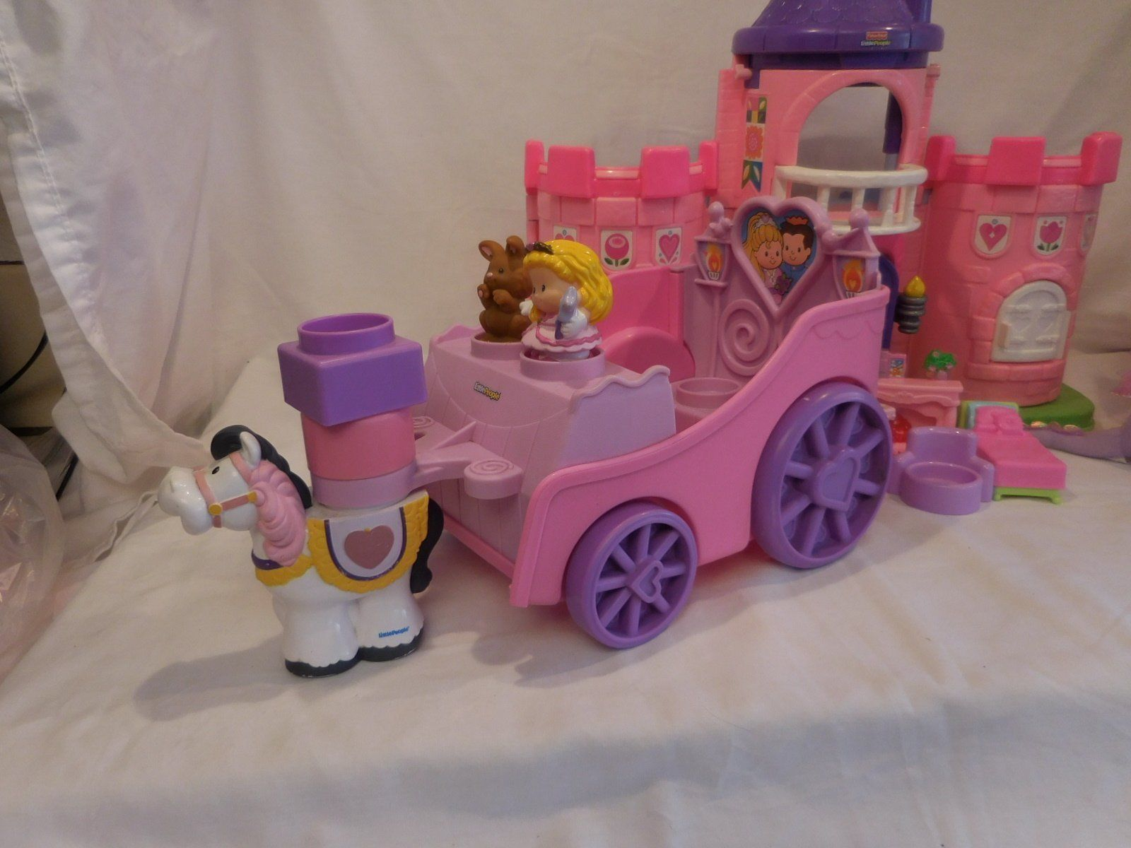 Fisher Price Little People Pink Castle + Play 'N Go Castle + Princess Carriage image 7